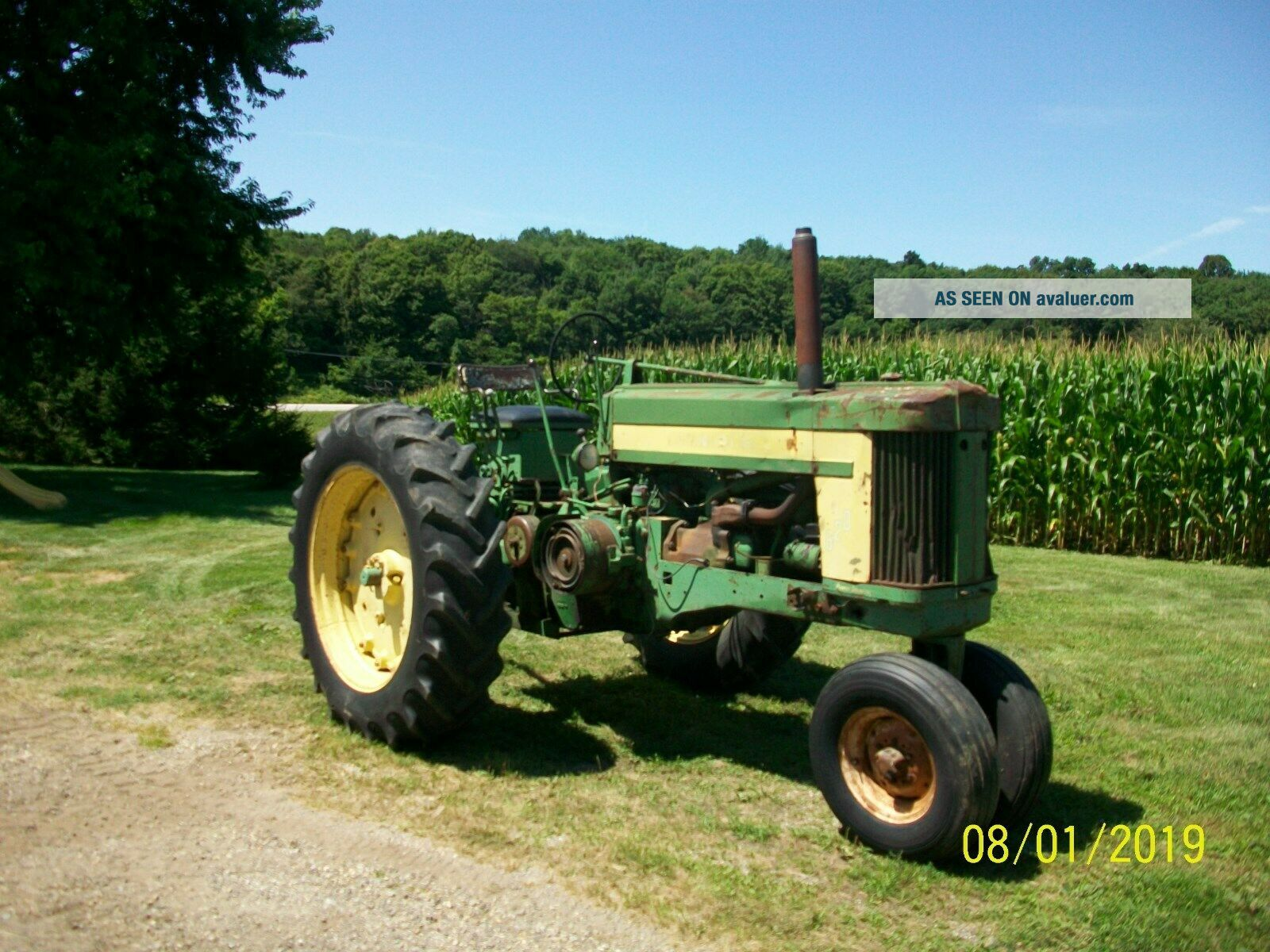 1957 John Deere 620 Antique Tractor