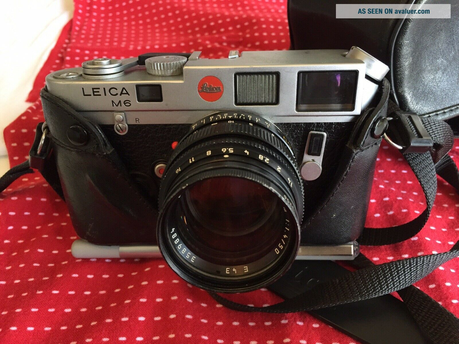Leica M6 Rangefinder With Lens And Case