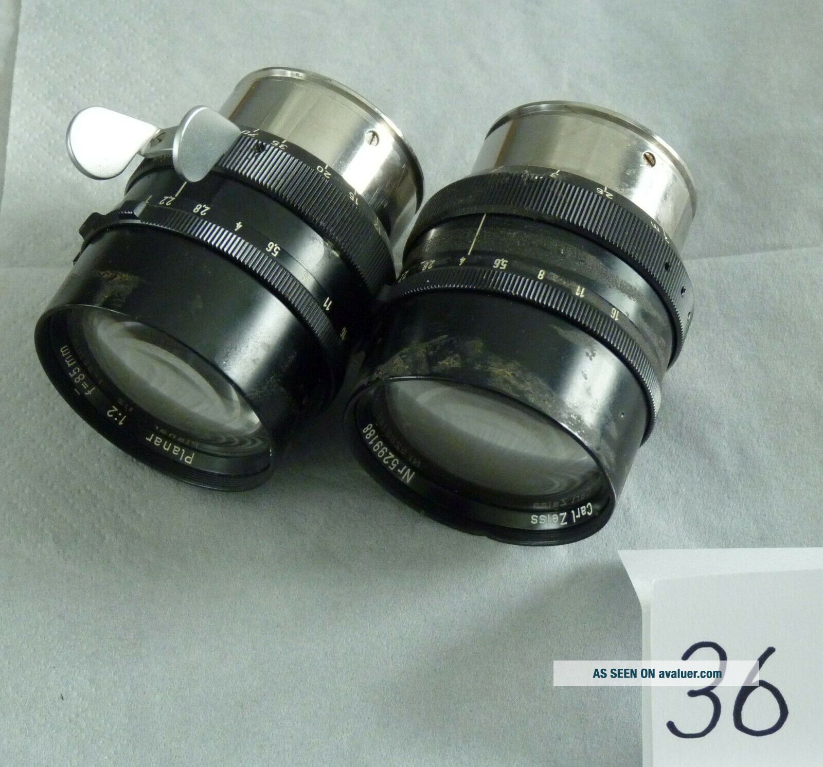 Two Carl Zeiss Planar f2.  0 85mm Lenses 36